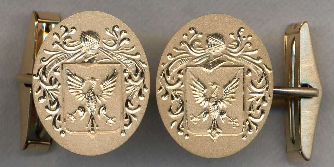 Gold Family Crest Cuff Links.