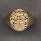 Ladies Gold Family Crest Solid Ring with Plain Shanks by Heraldica Imports