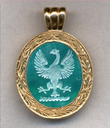 Family Crest Stone Pendant by Heraldica Imports